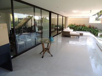 Pedra s o tom para piscina pedras veneza for Empresas de granito