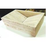 cuba esculpida de granito para bancada